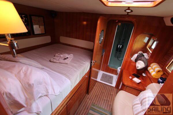 Sabore Privilege 585 Catamaran boat auction