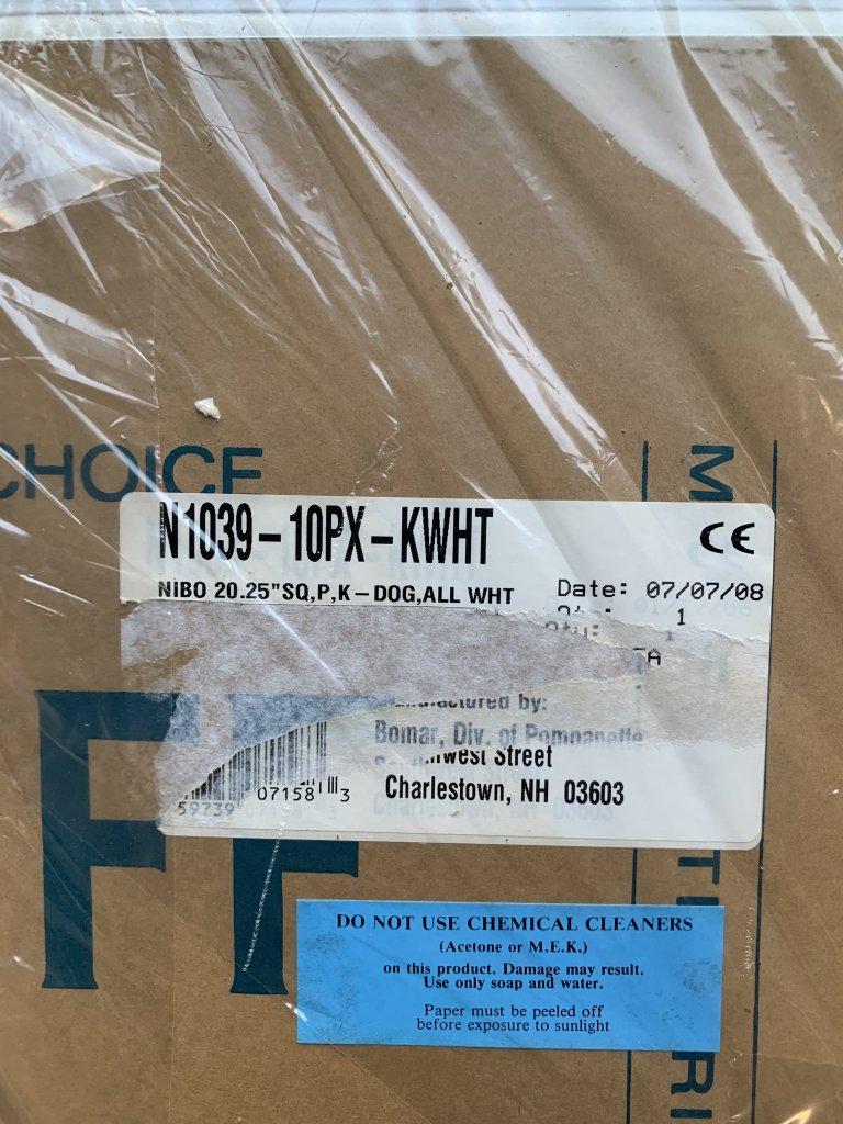 "Bomar Nibo Hatch 20.25"" Square N1039-PX-KWHT"