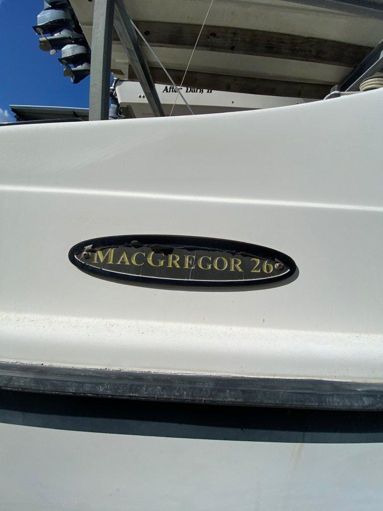 2011 Macgregor 26M