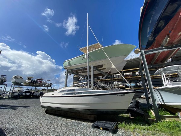 used sailboats for sale as one of the best cruiser boats | best power boats