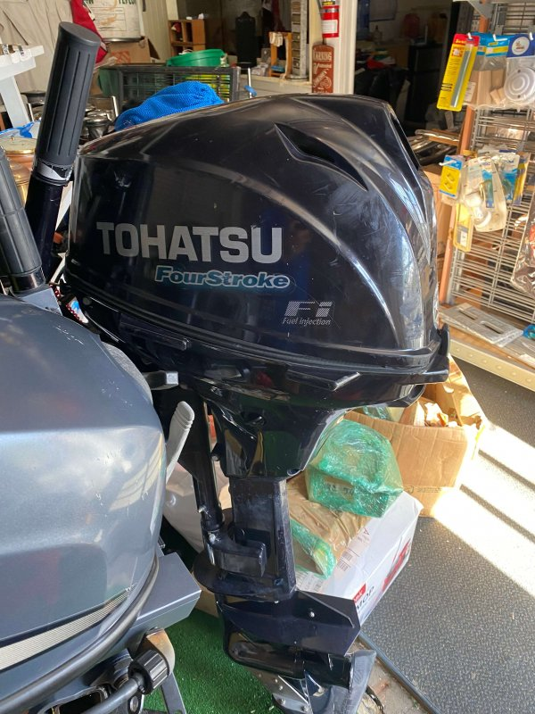 20 Horse Power Tohatsu Outboard (Used)