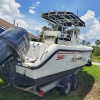 Perfect 26' 1999 Boston Whaler 26 Outrage