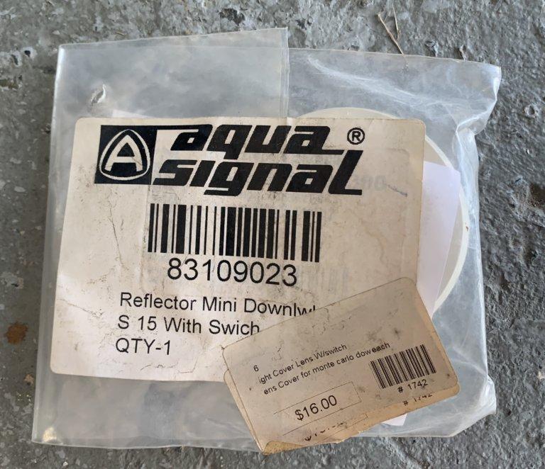 AquaSignal Reflector Cover Lens W/ Switch