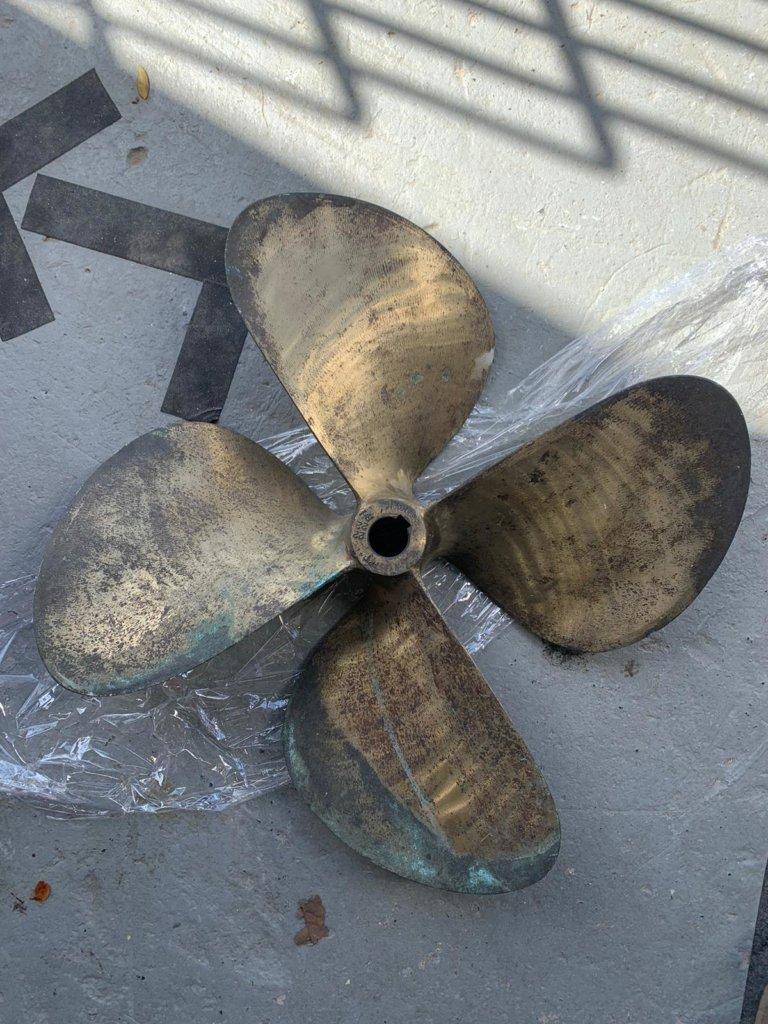 Inboard Bronze Propeller RH 545 x 640 #23013