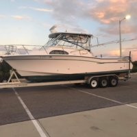 2001 Grady White 300 Marlin 32' c/w 36ft Trailer