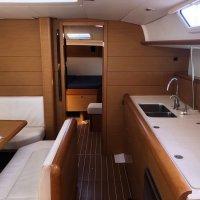 Jeanneau Sun Odyssey 469 Galley