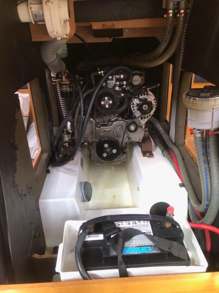 Jeanneau Sun Odyssey engine