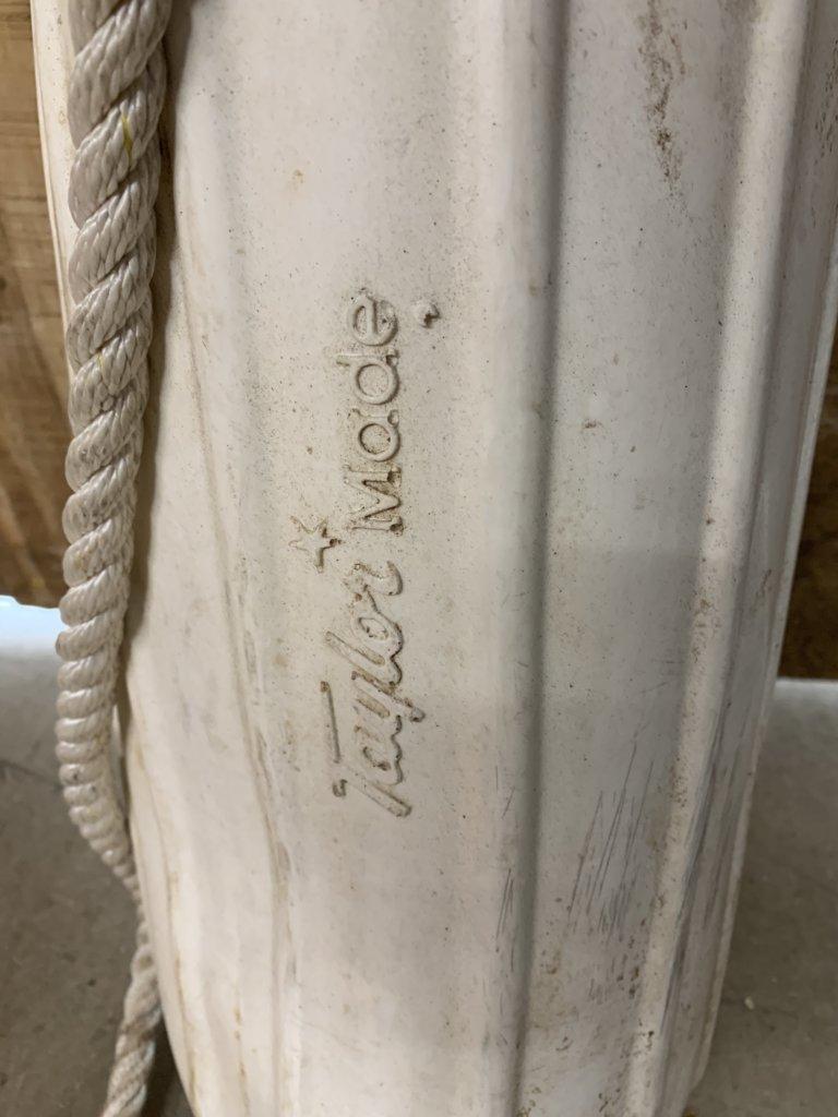 White Fender(Used)