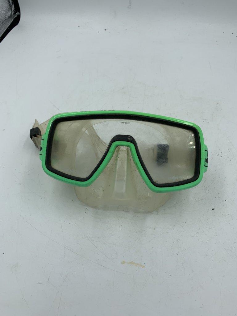 Ventura Green Mask(Used)