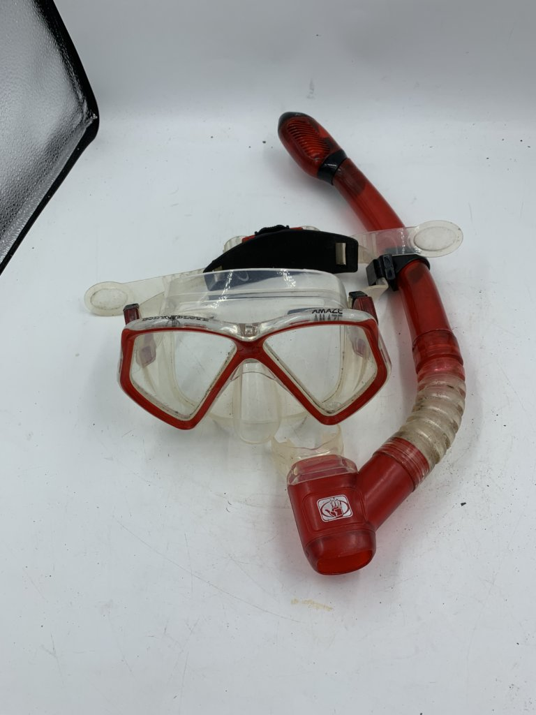 Red Snorkel and Mask(Used)