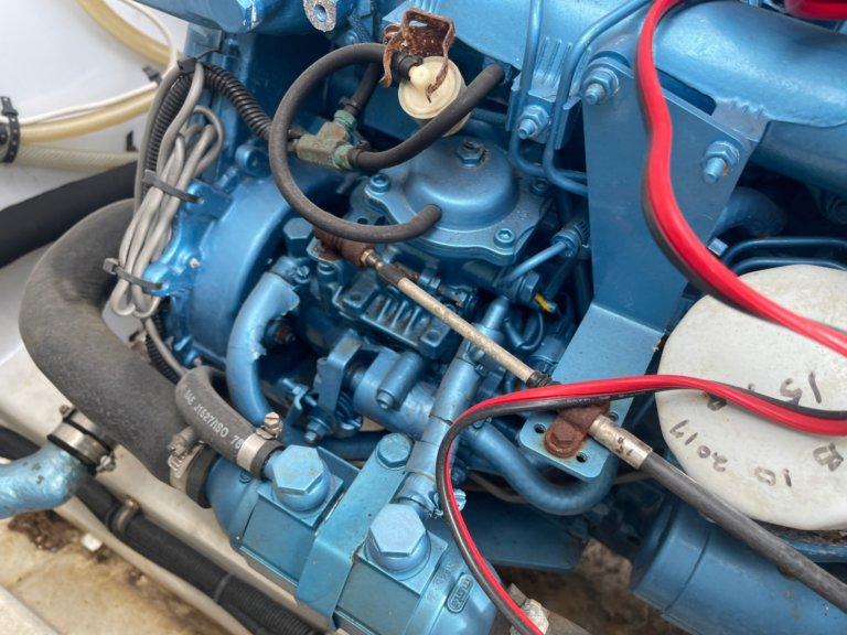 31' 1973 Bertram With New Engines!