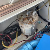 31 Bertram boat engine